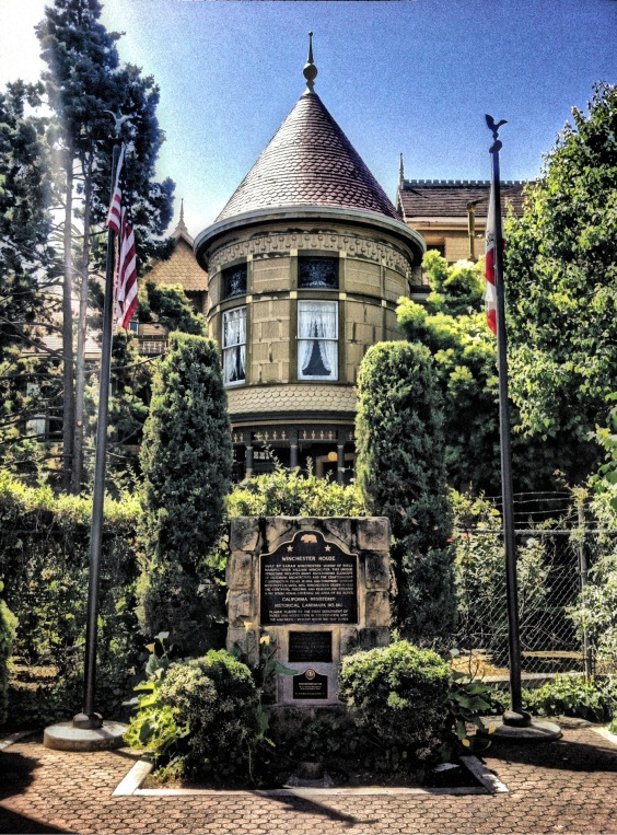 Winchester-Mystery-House-ShockMyPic
